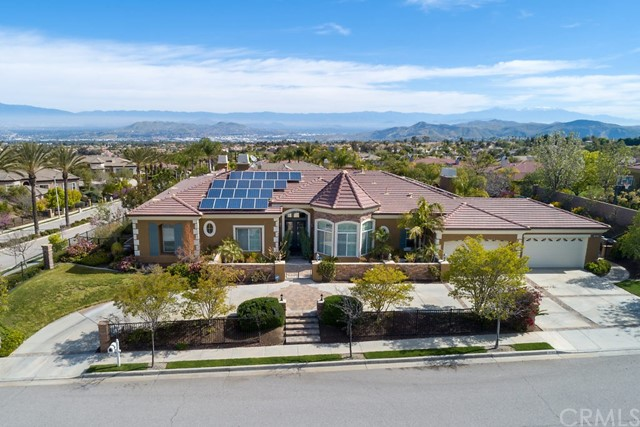 4043  Suzie Circle, Corona, California
