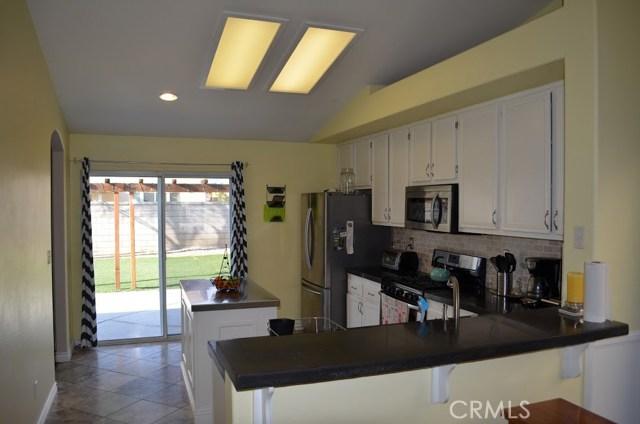 31928 Granville Drive, Winchester CA: http://media.crmls.org/medias/a8019a07-6b3f-4148-a99e-9536746cdb9c.jpg