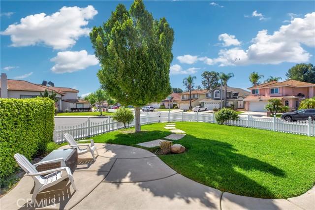 2192 Hedgerow Lane, Chino Hills CA: http://media.crmls.org/medias/a80576e2-3ec0-4275-8ab2-0d733651d34b.jpg