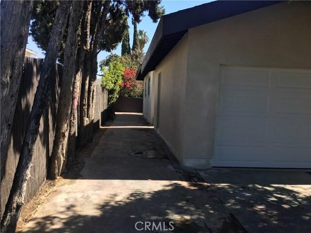 1430 S Mcbride Avenue, Commerce CA: http://media.crmls.org/medias/a80fc0c1-557e-4322-be90-a01a324d43b1.jpg