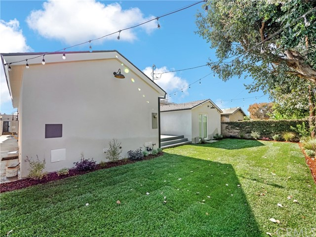 6647 W 82nd St, Los Angeles, CA 90045 Photo 24