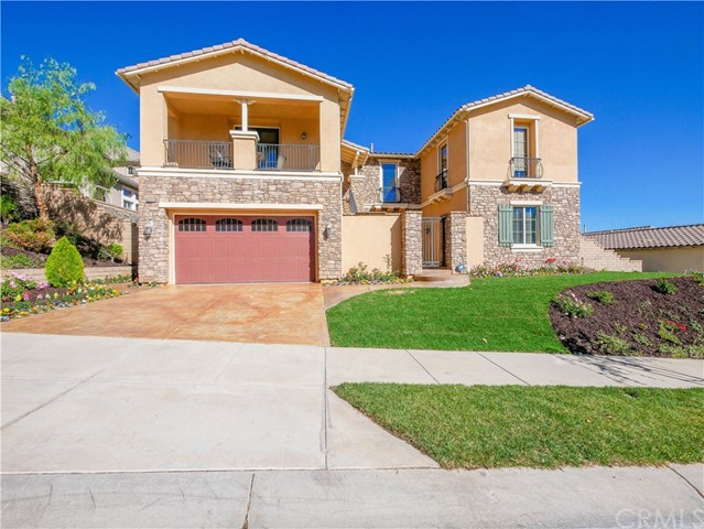 8044 Soft Winds Drive, Corona, California 92883, 4 Bedrooms Bedrooms, ,5 BathroomsBathrooms,Residential,For Sale,Soft Winds,OC21022786