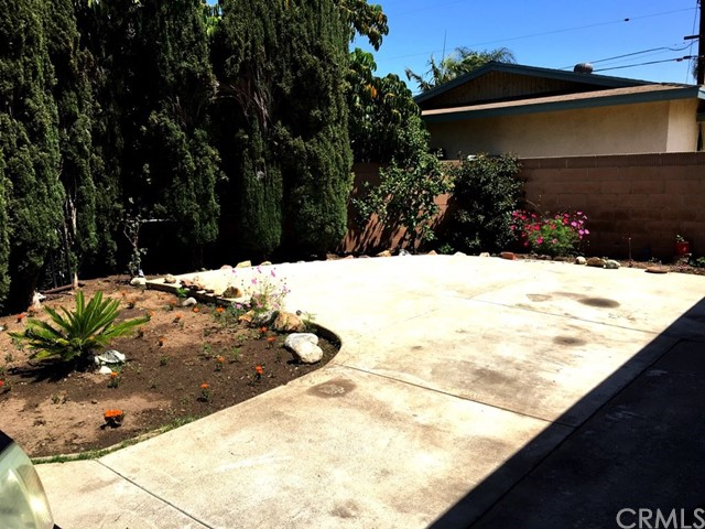 1636 Camile Place Santa Ana, CA 92703 - MLS #: PW18014994