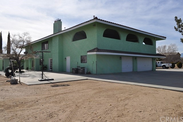 8229 Bandicoot Oak Hills, CA 92344 - MLS #: RS18005507
