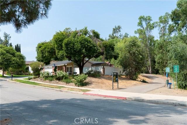 15450 Rolling Ridge Drive, Chino Hills CA: http://media.crmls.org/medias/a82861cb-3155-49ba-998f-c0ba699b7712.jpg