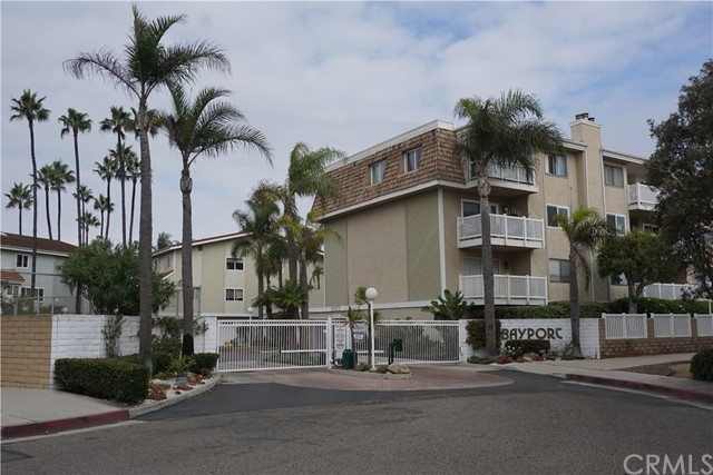 16255  Pacific Circle, Huntington Harbor, California