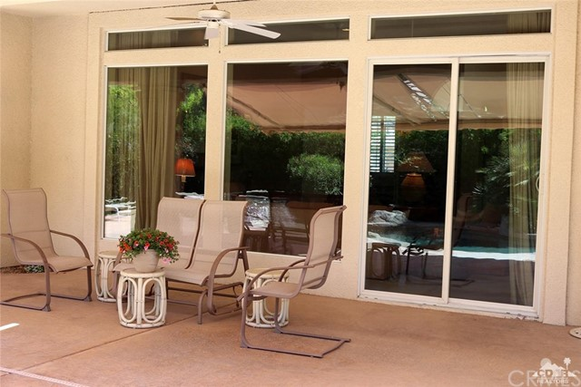 5 Varsity Circle, Rancho Mirage CA: http://media.crmls.org/medias/a852874f-25de-4591-a980-802bbe6ba99a.jpg