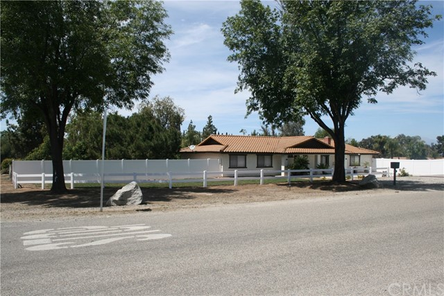 18480 Kross Road,Riverside,CA 92508, USA