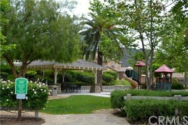 27594 Fern Pine Way, Murrieta CA: http://media.crmls.org/medias/a85fe5cd-fb86-4125-9f54-78c56677ede7.jpg