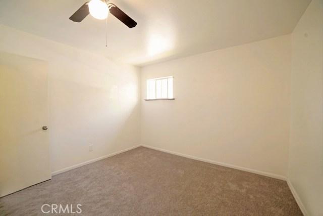 6803 Golondrina Drive, San Bernardino CA: http://media.crmls.org/medias/a86765b1-658e-4596-84f4-3e4daf1e43df.jpg