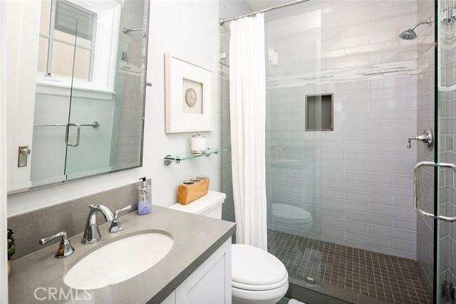 750 35th Street Manhattan Beach, CA 90266 - MLS #: SB17178639