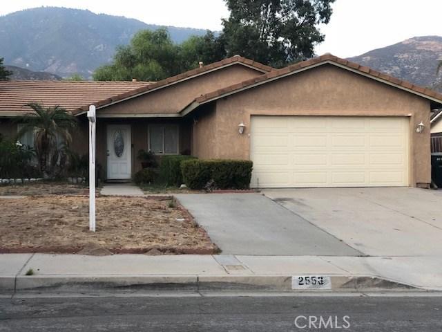 2556 Periwinkle Drive, San Bernardino CA: http://media.crmls.org/medias/a86faf74-2873-4ca7-901c-91d3415f8e98.jpg