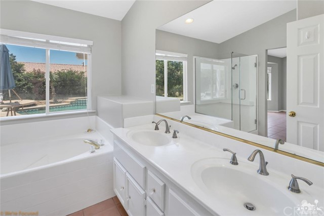 69877 Northhampton Avenue, Cathedral City CA: http://media.crmls.org/medias/a8716f2c-f8e7-466b-a403-f7573b3fd685.jpg