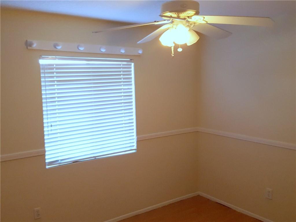 3352 Organdy Lane, Chino Hills CA: http://media.crmls.org/medias/a871cb7f-8131-4594-a8e4-604be28516a0.jpg
