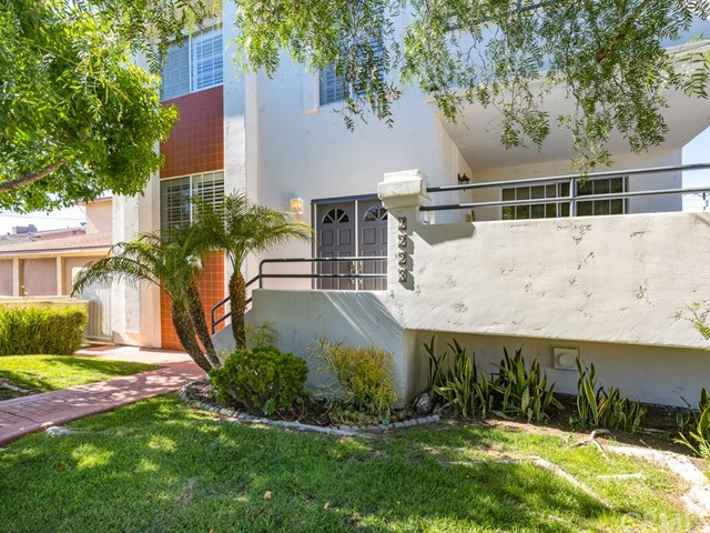 Photo of 2223 Carnegie Lane #A, Redondo Beach, CA 90278