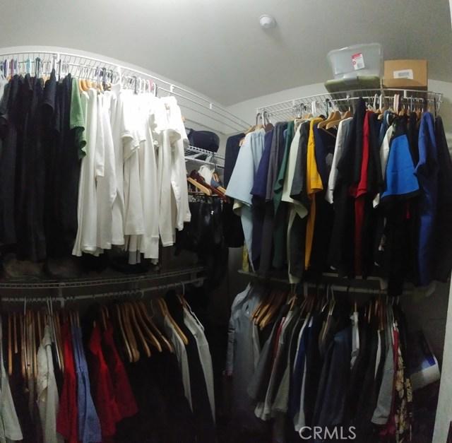 15409 Caroline Street, Fontana CA: http://media.crmls.org/medias/a87e92e9-98f7-4964-9a2b-c6e965aed6f4.jpg