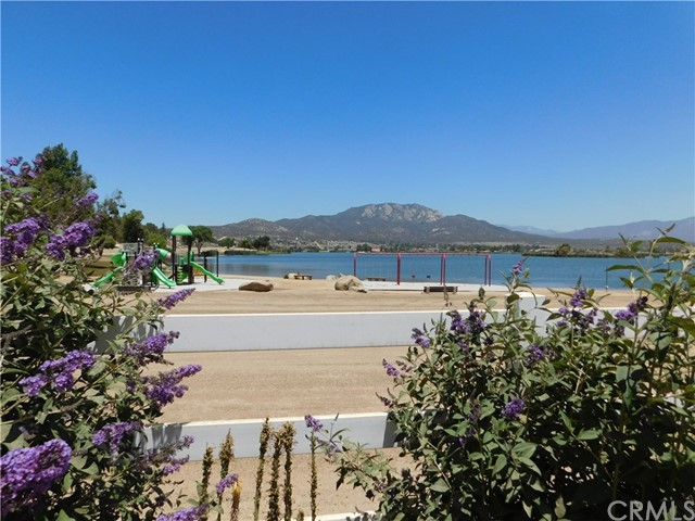 40725 Brook Trails Way, Aguanga CA: http://media.crmls.org/medias/a884df87-adfd-4eca-a094-b89143467ccf.jpg