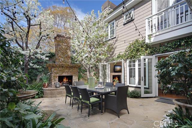 Single Family Home for Sale at 315 Magnolia St Laguna Beach, California 92651 United States