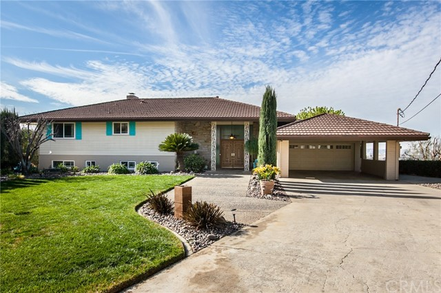 Single Family Home for Sale at 355 Canyon View Drive Calimesa, California 92320 United States