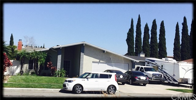 Single Family Home for Sale at 114 Jeanine Way S Anaheim, California 92806 United States