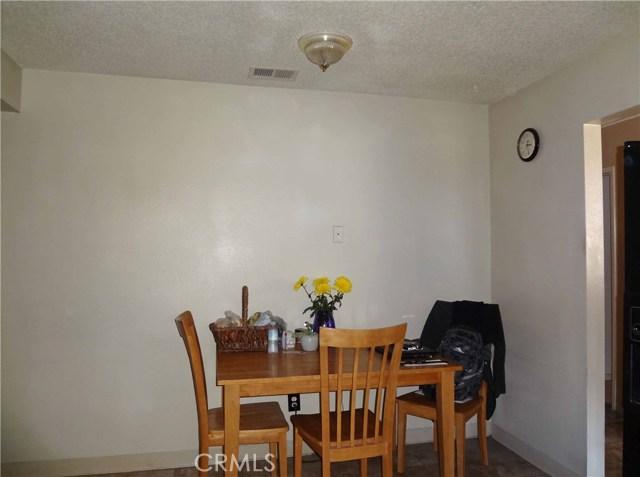 809 E Alvin Avenue, Santa Maria CA: http://media.crmls.org/medias/a89afeb5-a850-44f5-b942-65a089675d26.jpg