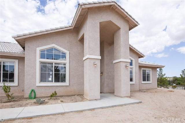 18850 Chapae Lane, Apple Valley, CA, 92307