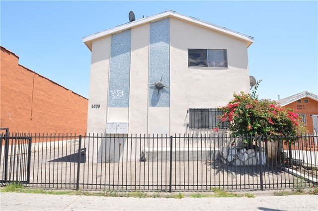 6208 S San Pedro Los Angeles, CA 90003 - MLS #: AR17186019