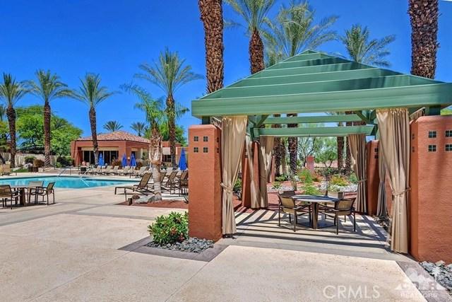 477 White Horse, Palm Desert CA: http://media.crmls.org/medias/a8c747ff-c858-464d-9115-e3c12e248c95.jpg