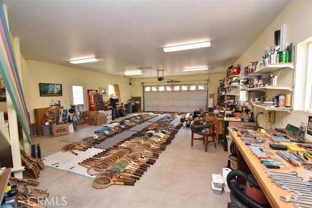 9924 Quartz Valley Road, Fort Jones CA: http://media.crmls.org/medias/a8deb47a-c1bb-43d5-90fd-f89b1a5a3046.jpg