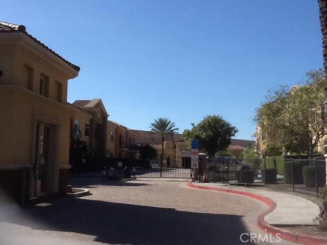 13798 Roswell Avenue, Chino CA: http://media.crmls.org/medias/a8e60cf4-3d62-43dc-bc00-226e9ac1ae39.jpg