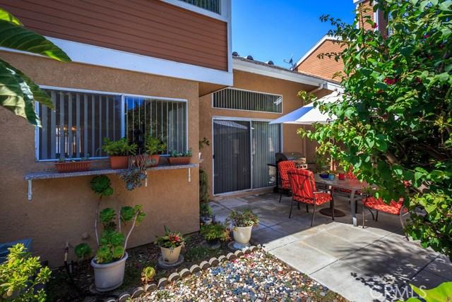 5 Cherrywood, Aliso Viejo CA: http://media.crmls.org/medias/a8eca205-69dc-4c49-ba04-bf4fcc053ea5.jpg