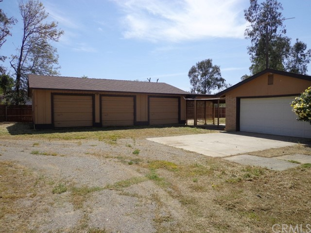 1987 County Road Kk, Willows CA: http://media.crmls.org/medias/a8f57890-f91e-4164-a850-87ba3c83338a.jpg