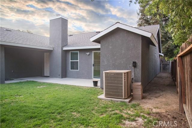 5321 W Fedora Avenue, Fresno CA: http://media.crmls.org/medias/a8f71962-5408-48a9-9b80-d437fdcc904a.jpg
