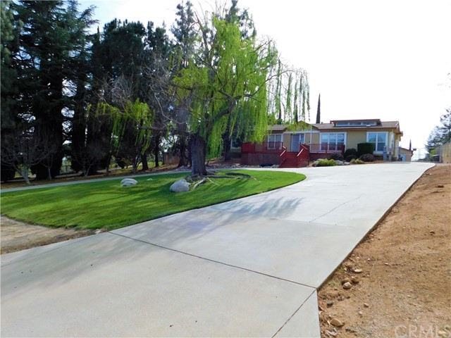 9589 Rancho Drive  Cherry Valley CA 92223