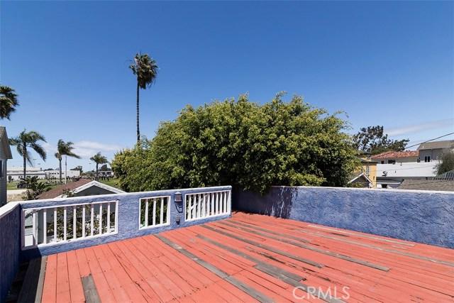716 14th Street, Huntington Beach CA: http://media.crmls.org/medias/a90ff6bb-5f02-4cd0-b741-22f2106523fa.jpg