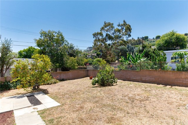 3860 S Cloverdale Ave, Los Angeles, CA 90008 photo 40