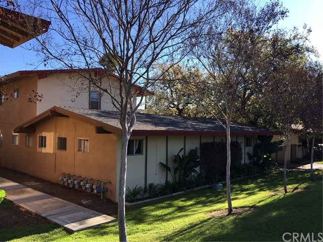 893  Rimpau Avenue, Corona, California