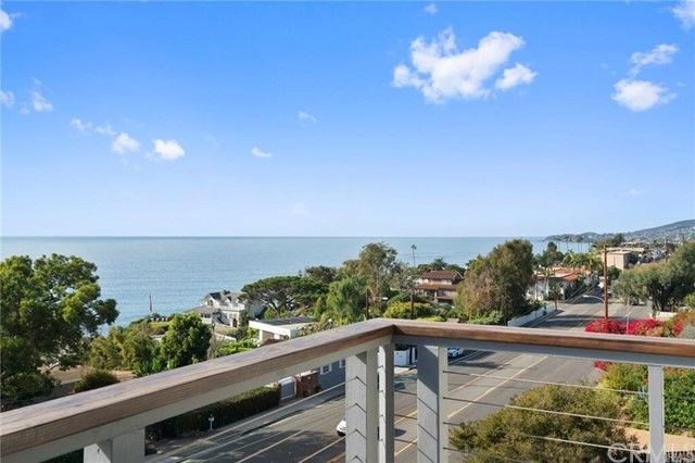 222 Arch Street, Laguna Beach CA: http://media.crmls.org/medias/a919eee6-4c29-4e88-a2b7-c562e4f82639.jpg