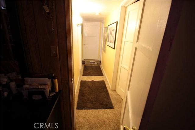 798 Bunker Hill Drive, San Bernardino CA: http://media.crmls.org/medias/a9266184-8b6f-4dcb-baca-8ebdf70598dc.jpg