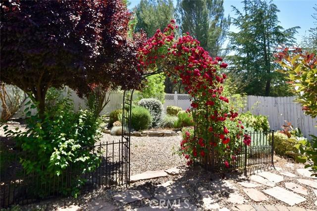 175 Via San Miguel, Paso Robles CA: http://media.crmls.org/medias/a927e642-c51e-4e57-a398-807872e5b595.jpg