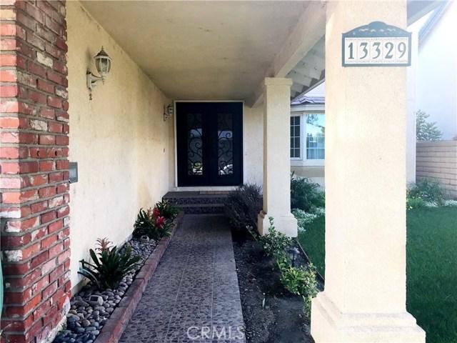 Casa Unifamiliar por un Venta en 13329 Beach Street Cerritos, California 90703 Estados Unidos
