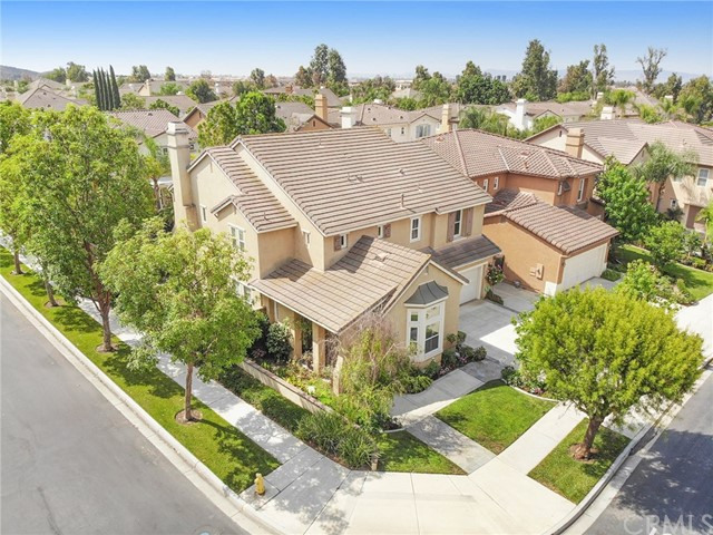 16 Plumbago, Irvine CA: http://media.crmls.org/medias/a93ffd49-1fb2-41c0-be2b-2de2a7174116.jpg