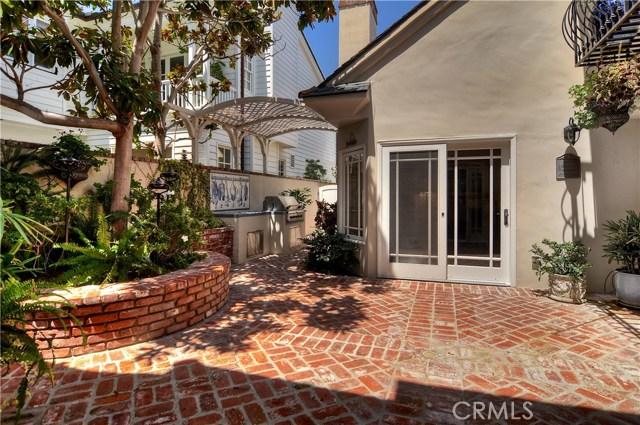 2515 Vista Drive, Newport Beach CA: http://media.crmls.org/medias/a94af6da-1a1d-4299-9667-5357b43c08e2.jpg