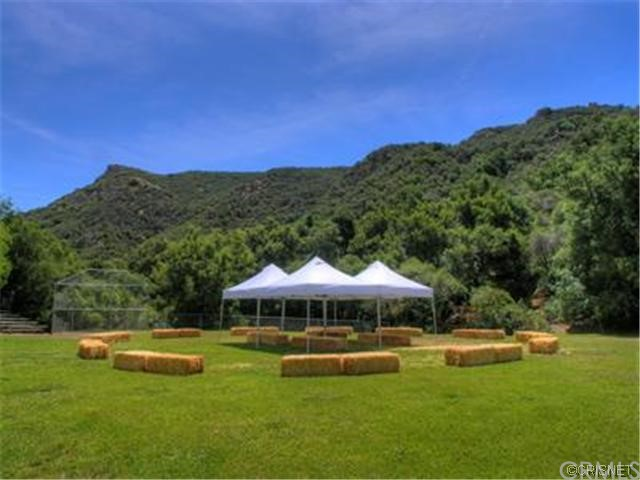 96 Saddlebow Road, Bell Canyon CA: http://media.crmls.org/medias/a9501449-7332-4fe6-9a64-7c6cd12c8174.jpg
