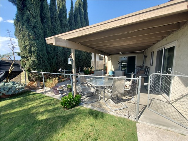 3395 Chardoney Way, Jurupa Valley CA: http://media.crmls.org/medias/a98789b9-b4ed-45d5-8dfb-43449983f91c.jpg