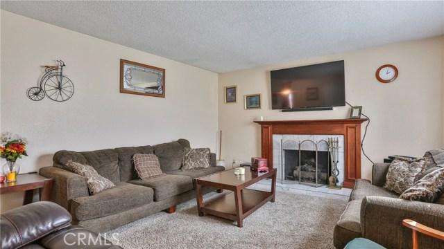 1322 Lanfair Street, Redlands CA: http://media.crmls.org/medias/a98c631f-d17d-497a-86e5-dbd3655647f2.jpg