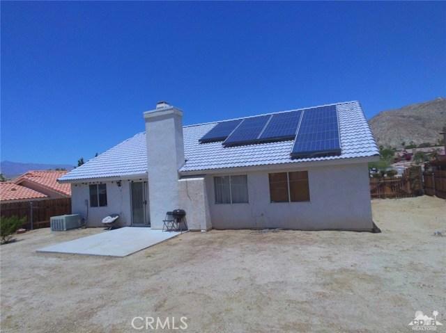 66029 Avenida Barona, Desert Hot Springs CA: http://media.crmls.org/medias/a994fa88-80d6-4763-82fd-133df0f18e31.jpg