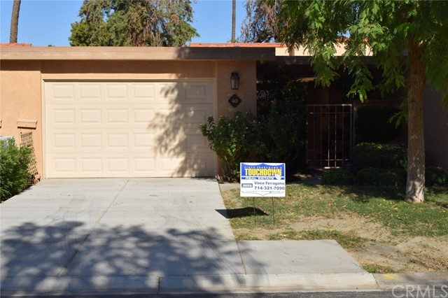 40 La Cerra Dr, Rancho Mirage, CA 92270-3812