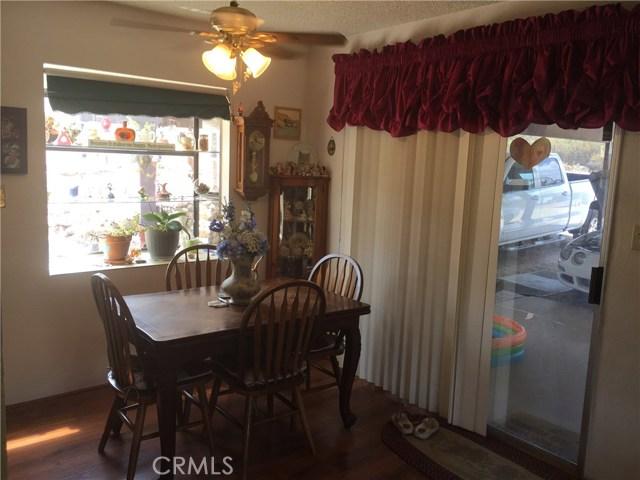 35285 Highway 79, Warner Springs CA: http://media.crmls.org/medias/a9999316-351f-4fdc-bfe3-a7143ac7da47.jpg