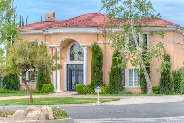 Single Family Home for Sale at 5670 Mayberry Avenue Alta Loma, California 91737 United States